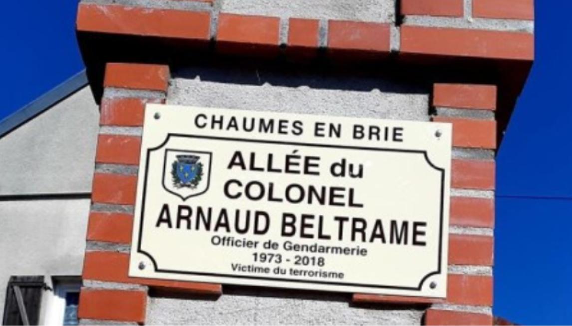 Inauguration de la rue en hommage au Colonel Beltrame à Chaumes en brie